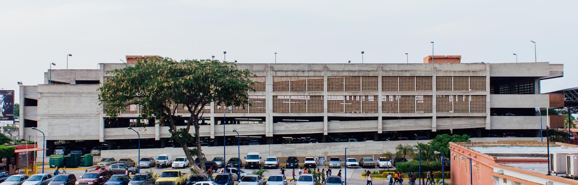 edificio-biblioteca-y-posgrado-urbe-8